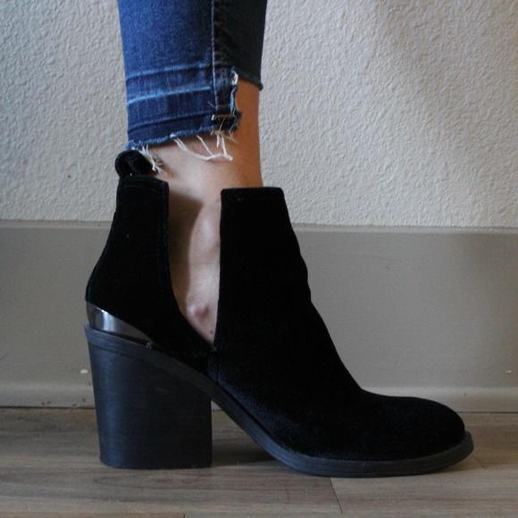 Steve Madden Black Velvet Boots Sharini